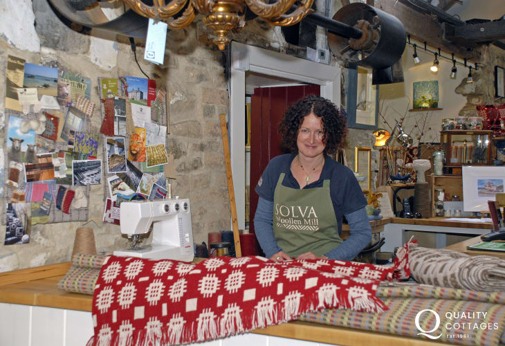 Solva Woollen Mill is the oldest working mill in Pembrokeshire. Watch the weavers at work and have tea and cake in the cafe