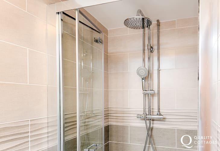 Ensuite Shower room with shower cubicle, toilet and washbasin