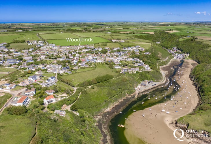 Coastal holiday cottage in Solva with ample parking
