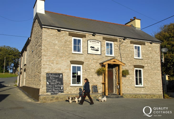 The Farmers Arms, Mathry - a dog friendly pub