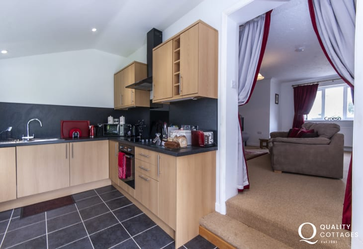 Self-catering St Davids Peninsula - fully equipped modern kitchen