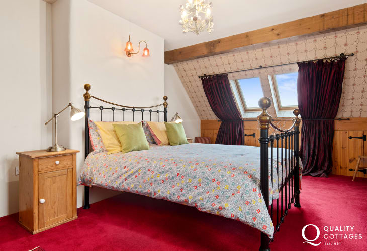 Master bedroom in Holiday cottage in St Florence, Pembreokshire