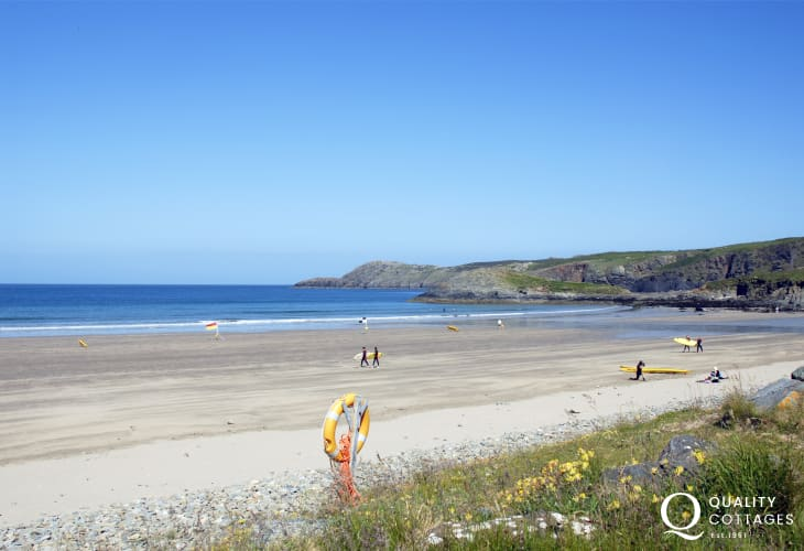 Whitesands Bay (Blue Flag) - popular with water sport enthusiasts