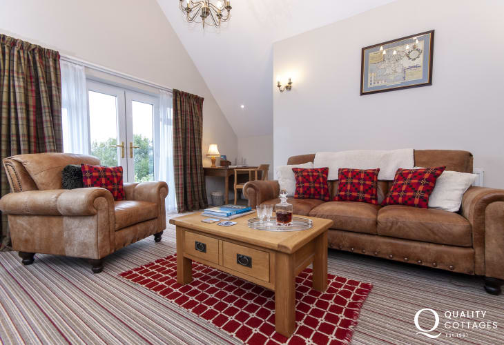 St Davids Pembrokeshire, pet free luxury holiday apartment - sitting room with wifi, 56