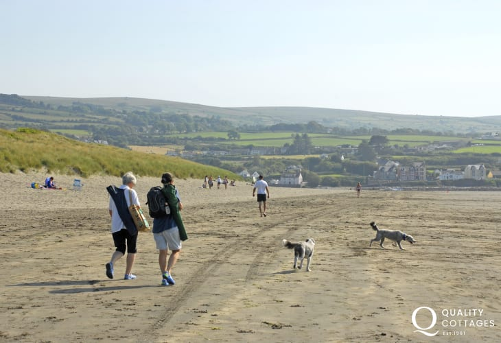 Newport Sands - a beautiful Blue Flag dog friendly beach