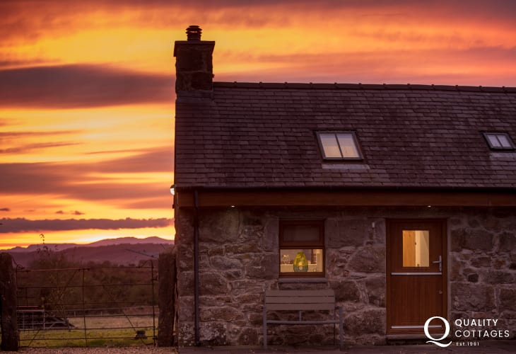 Romantic holiday cottage Wales - exterior