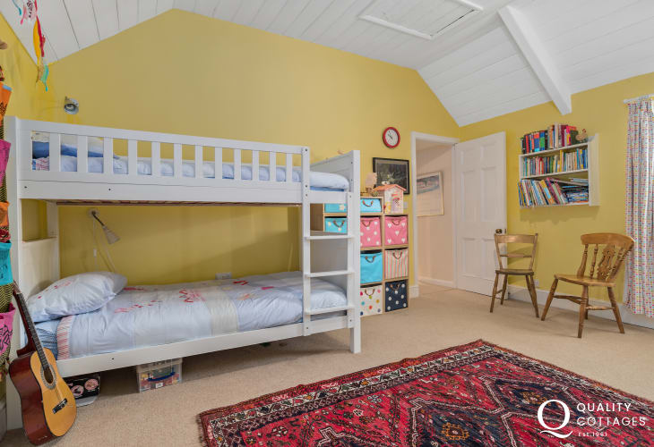 Holiday cottage in Pembrokeshire - Childrens bedroom with ensuite, sleeping five with two bunk beds, plus a pull out bed.