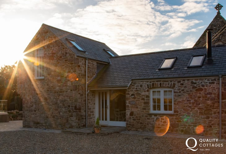 Pembrokeshire stone cottage for two