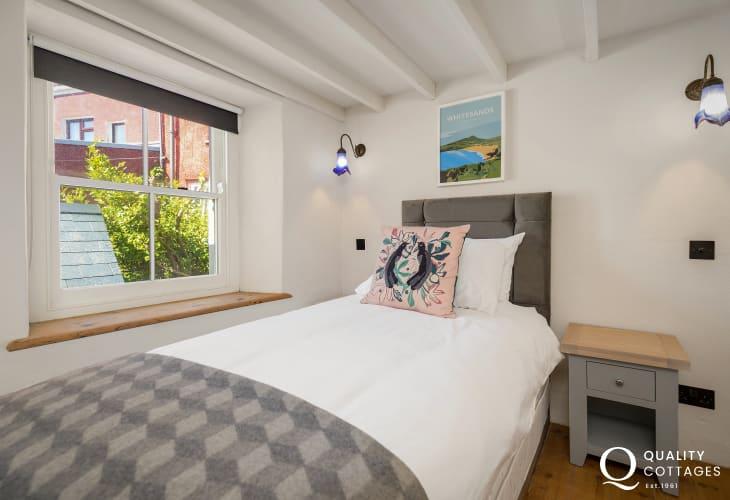 Single bedroom of holiday home Solva