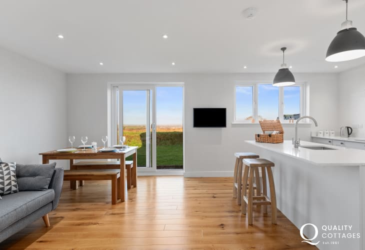 Modern Pembrokeshire holiday cottage with hard wood floors