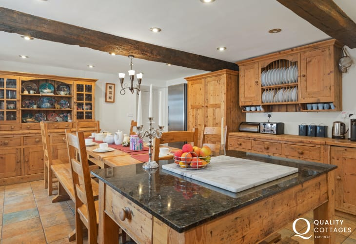 Plas Newydd, a large, spacious and luxury holiday home with a farmhouse kitchen