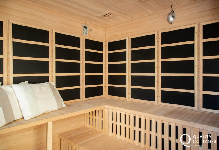 Holiday home to rent with sauna
