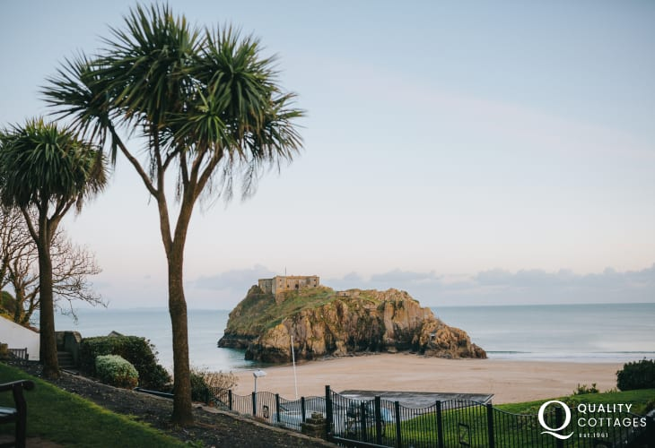 Tenby's Castle Beach and St Catherin's Island