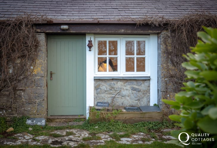 Exterior view of front of Whitewell holiday cottage in Bosherton, Pembrokeshire.