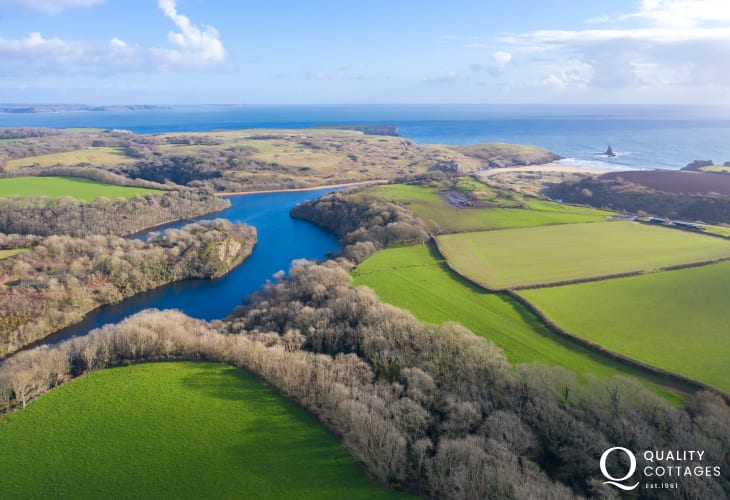 Stunning Pembrokeshire coast within walking distance of Whitewell holiday cottage, next to Bosherton Lily Ponds.