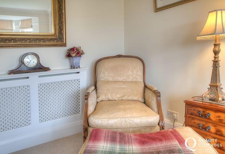North wales coastal cottage - sitting room