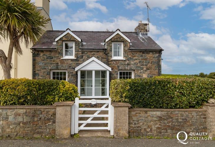 Bryn Y Garn Holiday Cottage