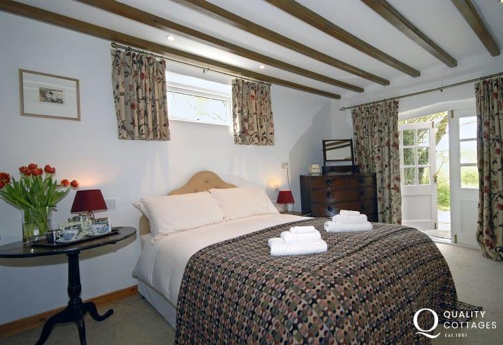 St Davids holiday home - master bedroom