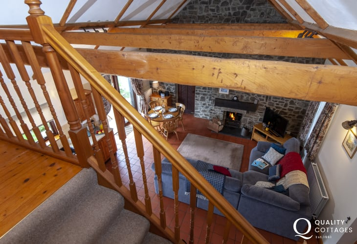 Holiday cottage North Pembrokeshire - gallery with cruck roofed ceiling