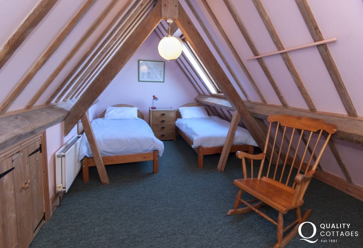 Gwaun Valley Manor House - attic bedroom (2'6