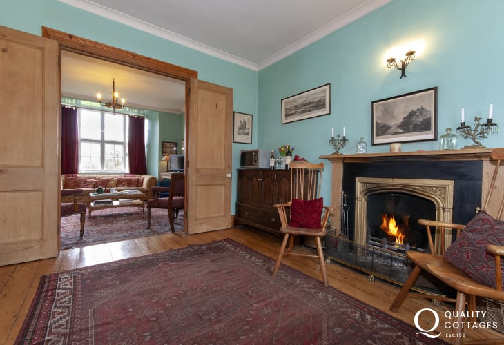 Plas Pontfaen, Gwaun Valley - kitchen/diner links to the sitting room