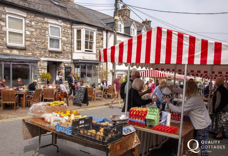The local Farmers Market takes place in Newport every Monday morning