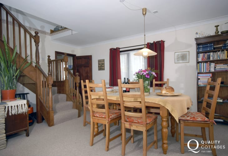 Newgale holiday home with open plan dining/living room