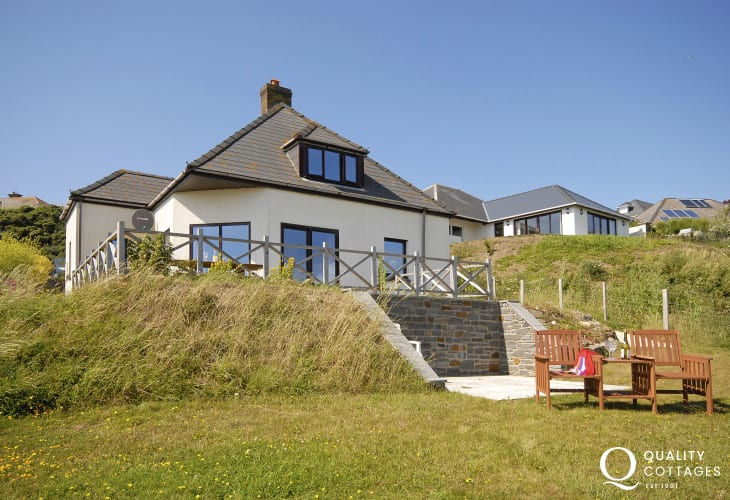 Holiday cottage by the sea North Pembrokeshire