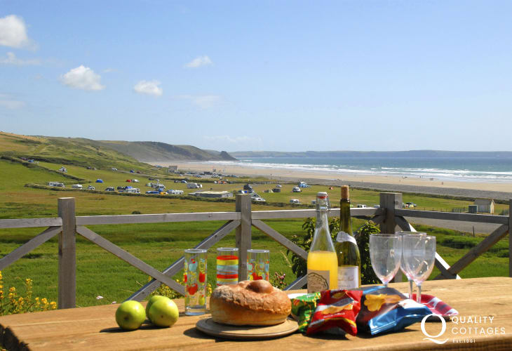 St Brides Bay holiday cottage with views up over Newgale Valley
