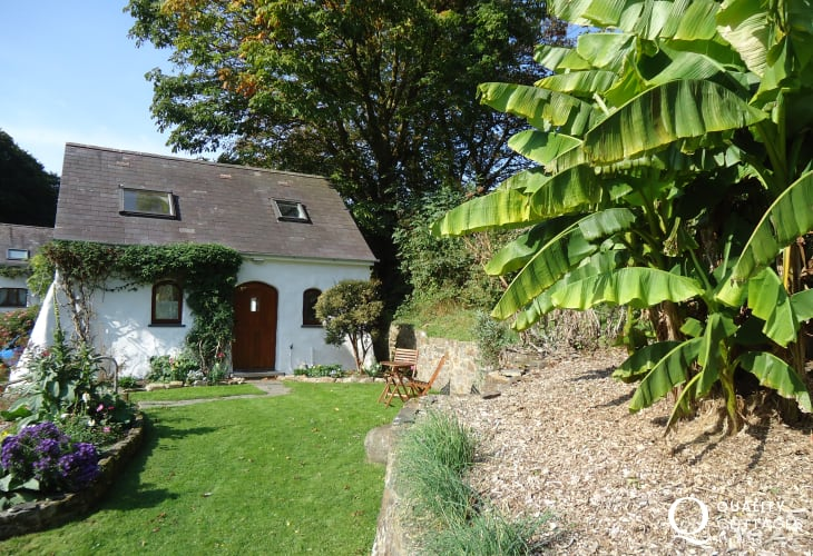 Wisteria Lodge holiday cottage in Gwaun Valley