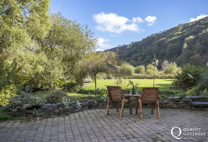 Patio at Gwaun Valley holiday cottages