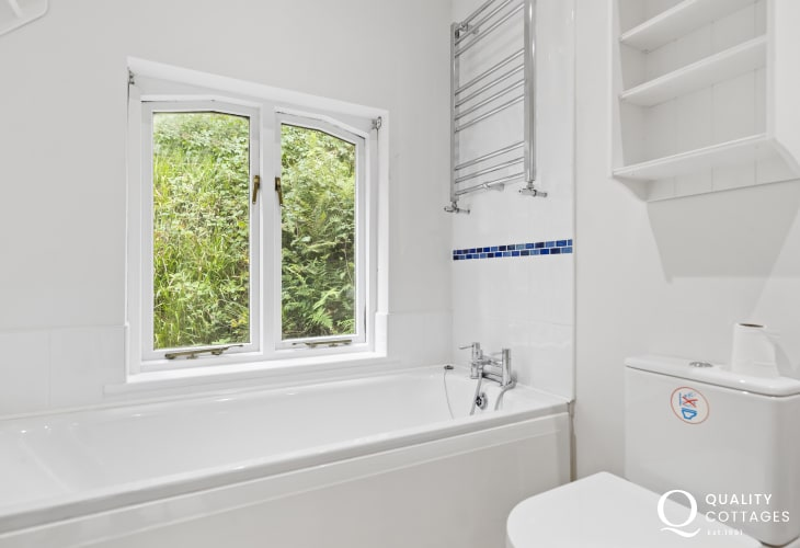 Bathroom in Gwaun Valley holiday cottage