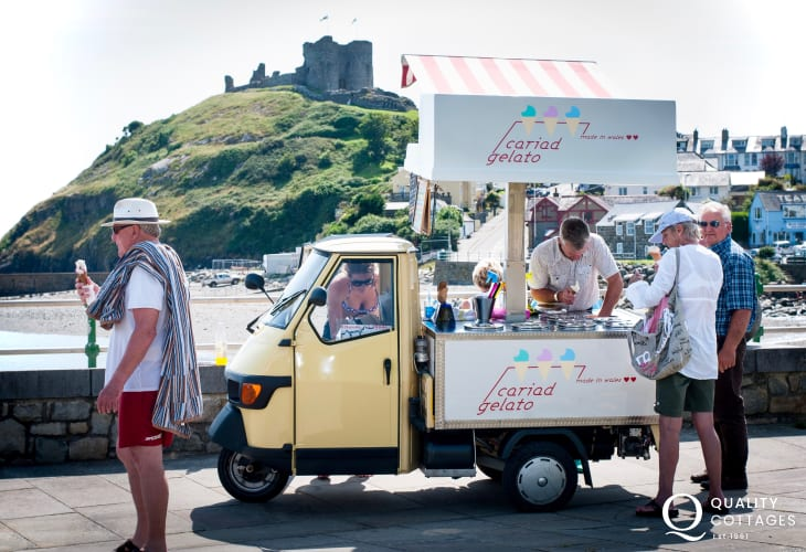 Ice cream time Criccieth!