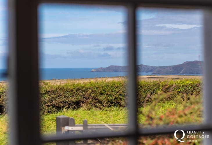 Rural and sea views from Pembrokeshire holiday cottage