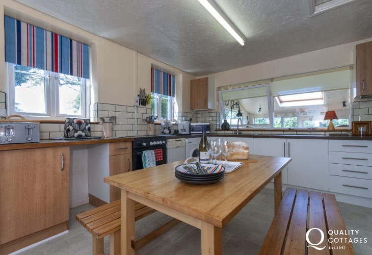 Self-catering cottage Newport Pembrokeshire - kitchen