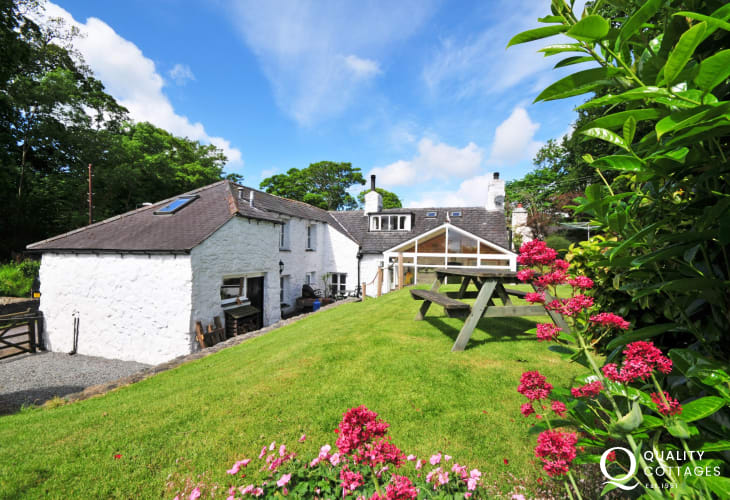 Self catering cottage Anglesey - exterior