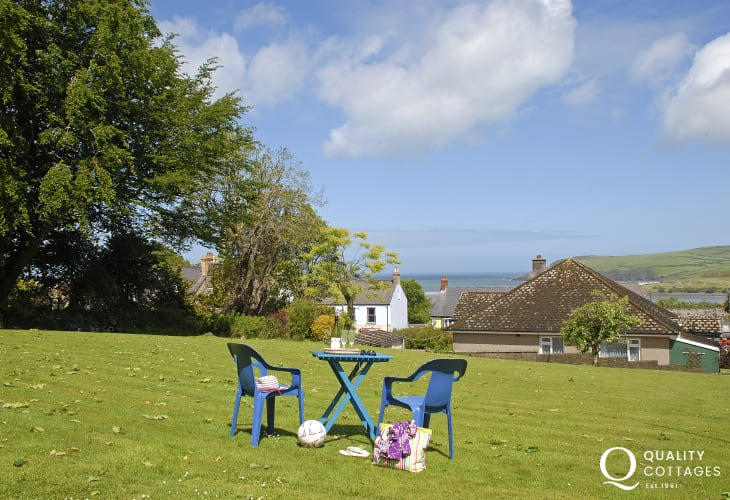 North Pembrokeshire holiday bungalow with private gardens overlooking Newport bay