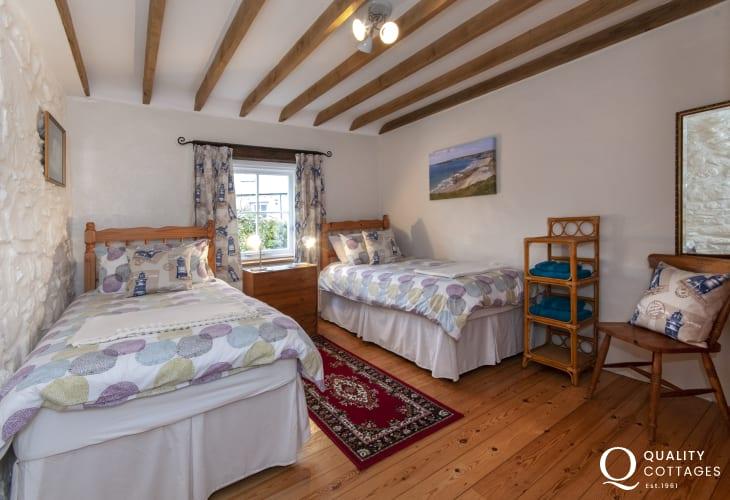 Strumble Head cottage sleeping 4 - ground floor twin