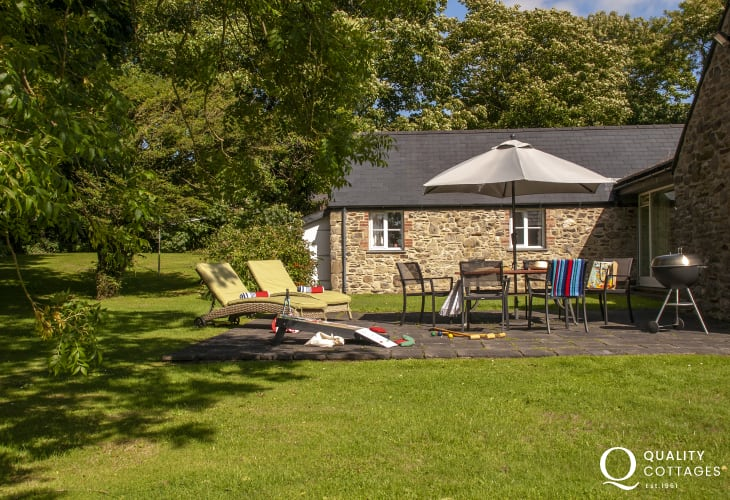 Pembrokeshire restored barn with patio and lawned garden