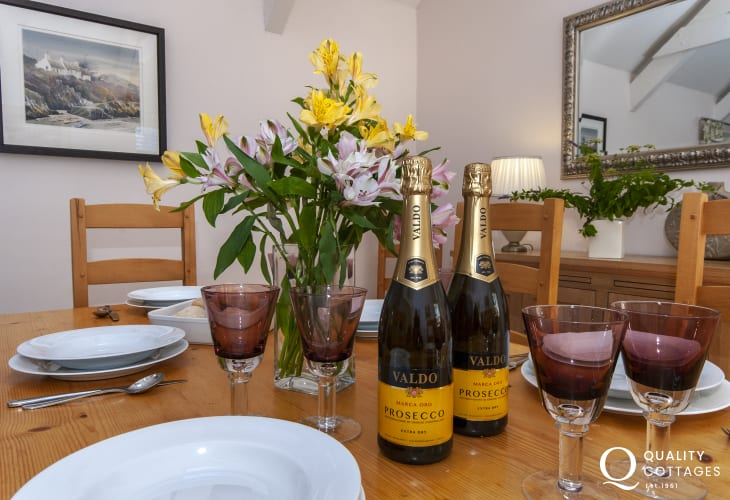 Prosecco at Lower Lochturffin Barns