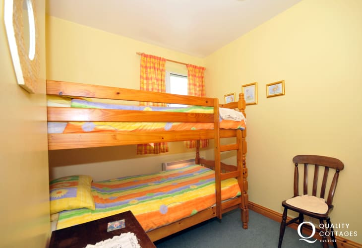 Pet friendly holiday cottage Wales  - bedroom