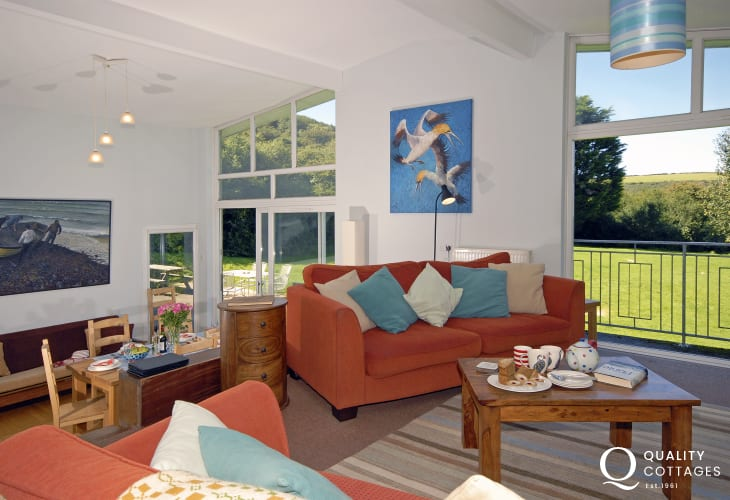 North Pembrokeshire modern coastal cottage with spacious open plan living