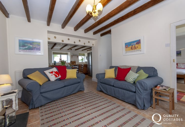 Llangwm river holiday cottage - open plan sitting/dining/kitchen