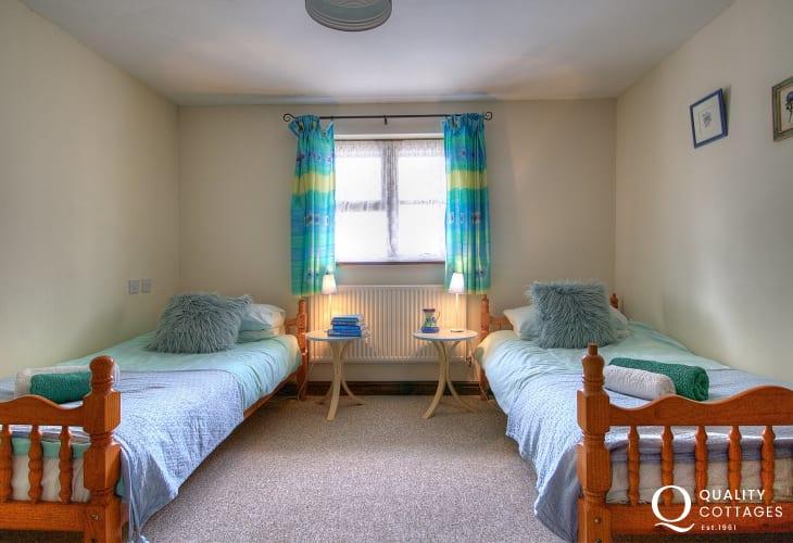 Holiday cottage sleeping 4 Llandovery - bedroom