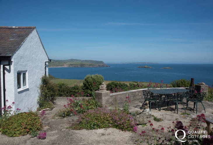 Aberdaron holiday cottage  - ext