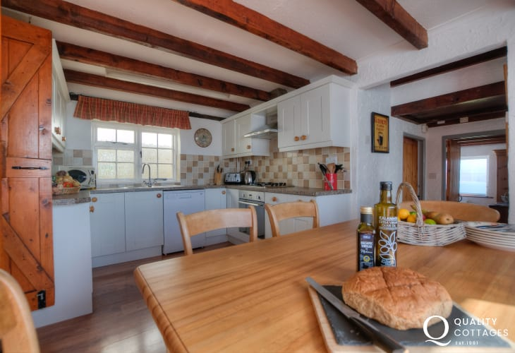 Coastal cottage in Wales - kitchen