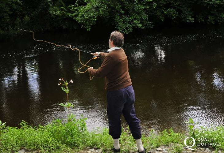 Enjoy fishing off the lawns of the holiday cottage