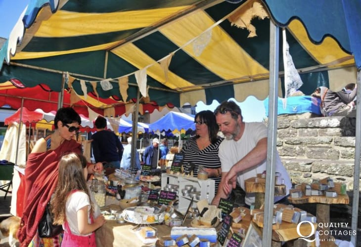 Don't miss St Davids Farmers' Market held every Thursday morning throughout the summer