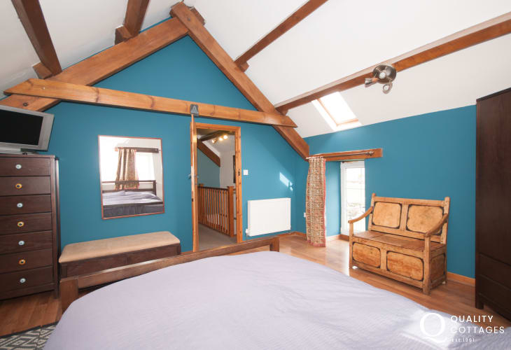Cwm nantcol holiday cottage  - double bedroom