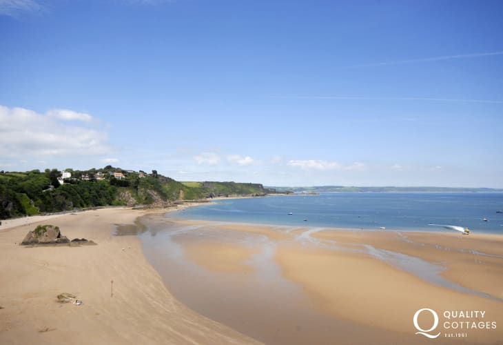 Magnificent views over the harbour, North Beach and Saundersfoot Bay beyond from Ty Mair